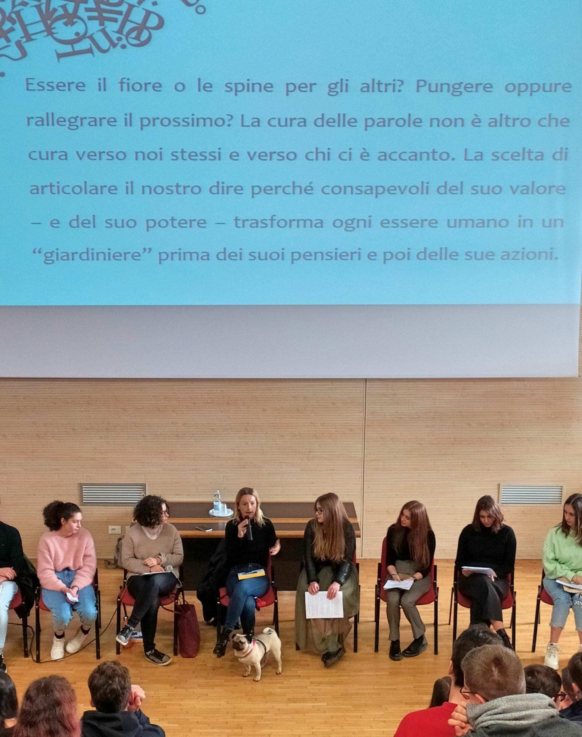 Gli studenti del Medi incontrano la scrittrice Andrea Marcolongo